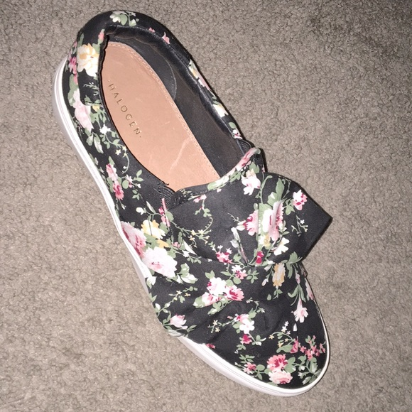 Halogen Mika Black Floral Bow Slip On Sneakers